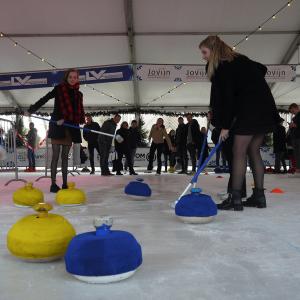 winteruitje-eindhoven-fun-curling-workshop